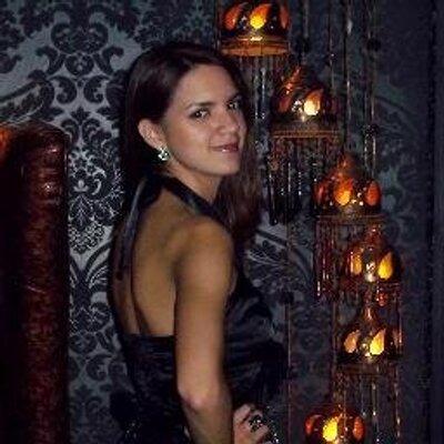 Pilar Celebrovsky | Social Profile