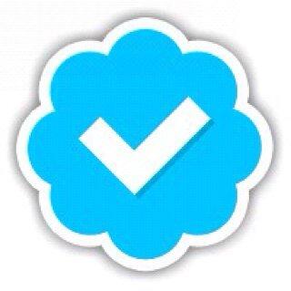 FOLLOW @CFeezy_Cv2 Social Profile
