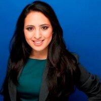 Auravelia Colomer   Social Profile