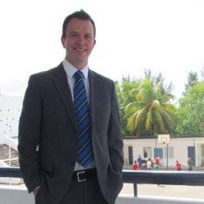Dan Roberts   Social Profile