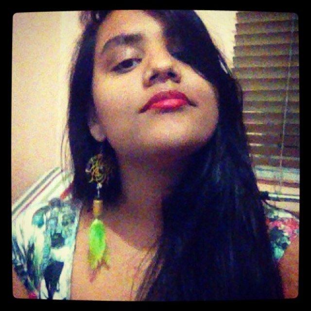 Nayara Chagas Social Profile