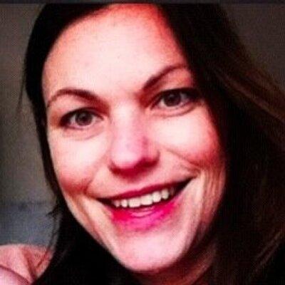 Antonia | Social Profile
