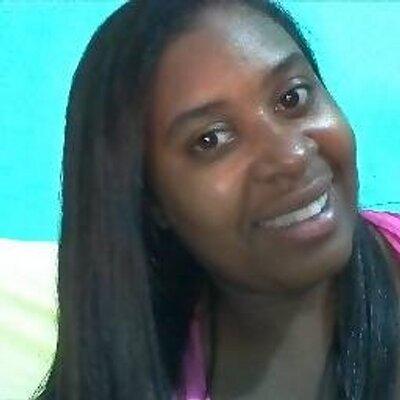 Ana Carla Cruz | Social Profile