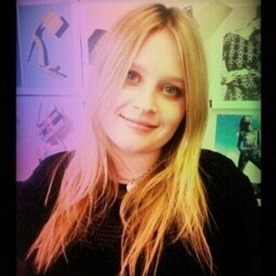 Poppy Evans | Social Profile