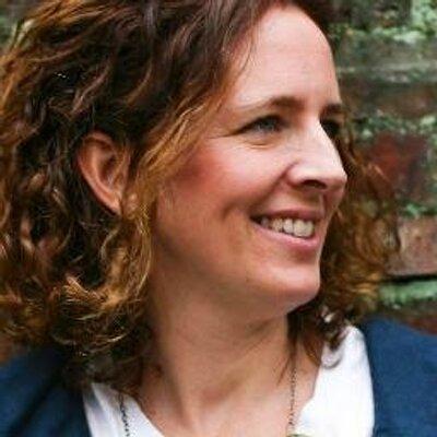 Anne Weil | Social Profile