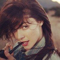 Eva Lee Ann Card | Social Profile
