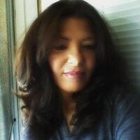Dee | Social Profile