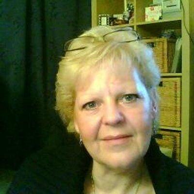 Lorna Armstrong   Social Profile