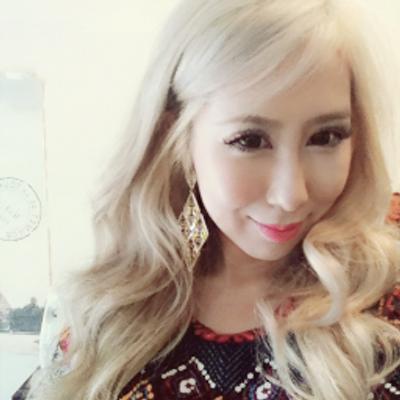 Emyli Marie Sung | Social Profile