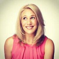 Lisa Fernandez | Social Profile