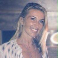 Sherryn Hollioake | Social Profile