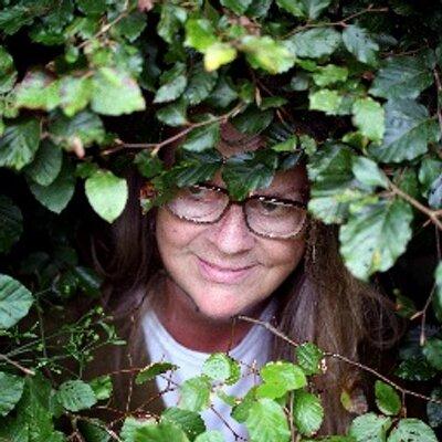 giana ferguson | Social Profile