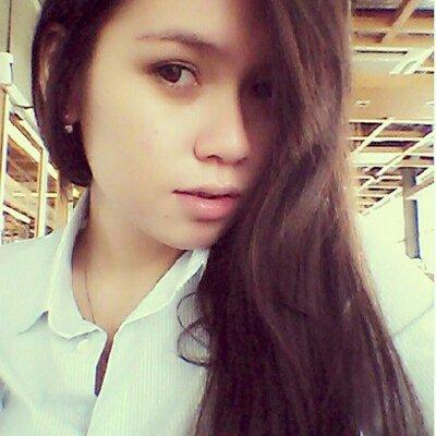 Stacia Maureen | Social Profile