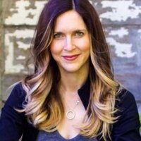 Lea Valle | Social Profile