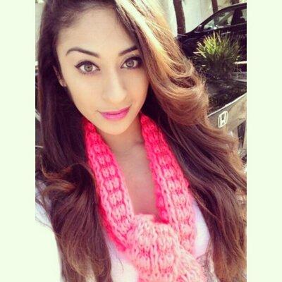 Janessa | Social Profile