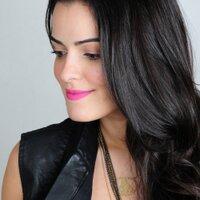 Mariah Bernardes | Social Profile