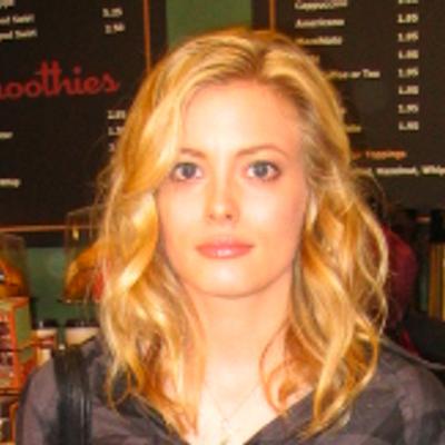 Britta Perry | Social Profile