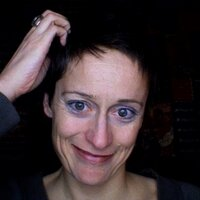 Doris Spielthenner | Social Profile