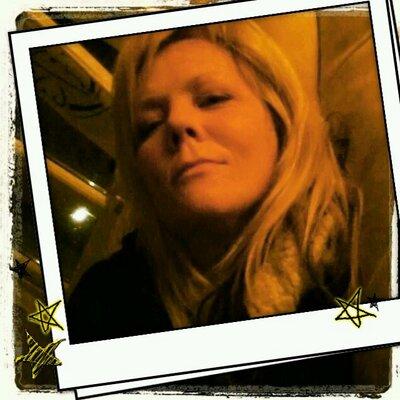 Charlotte Whitehead | Social Profile