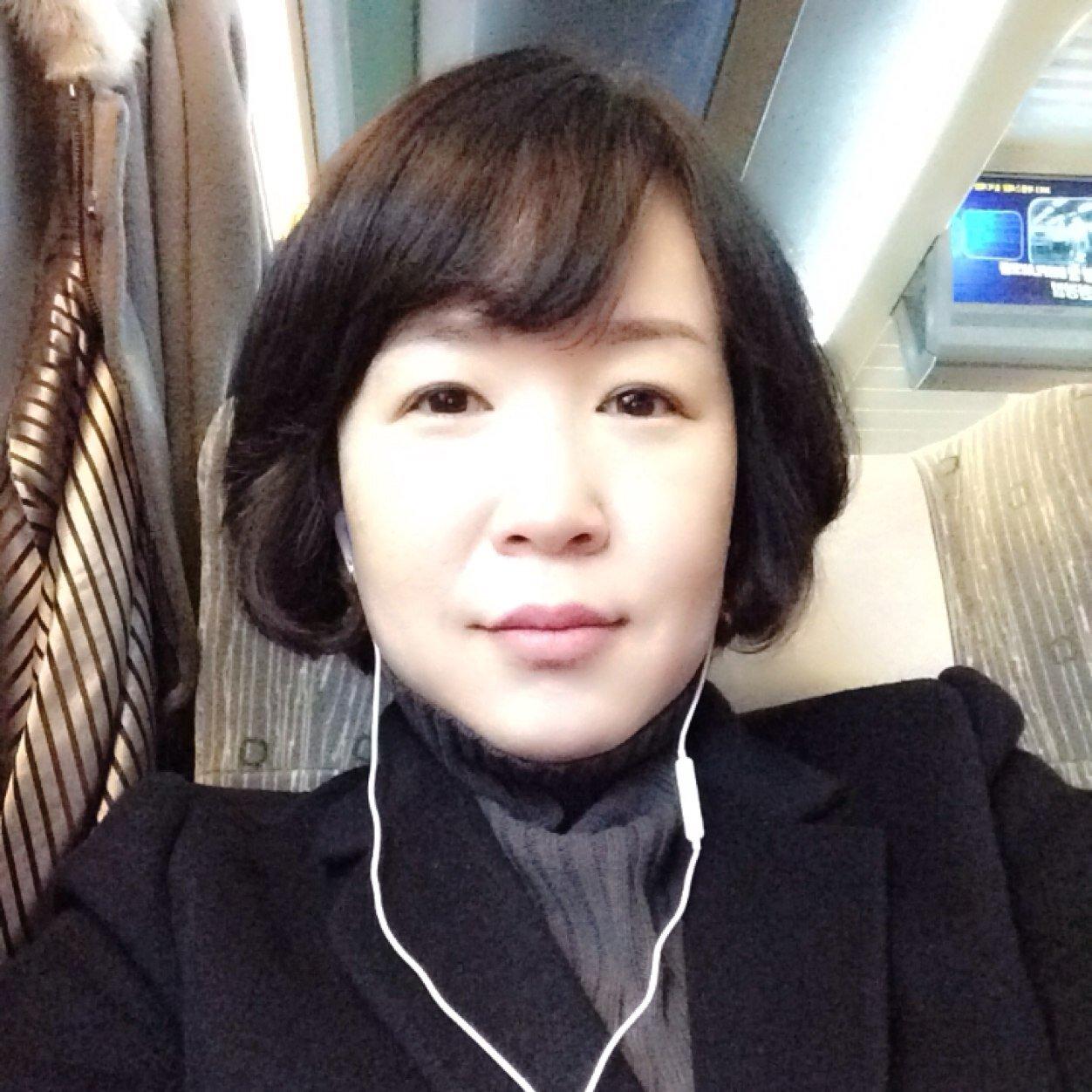 Kang Hee Jung Social Profile