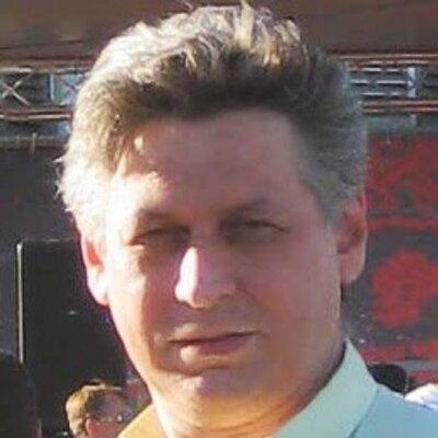 Дмитрий Овчаренко (@sjames19660726)