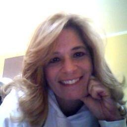 Suzanne Vara Social Profile
