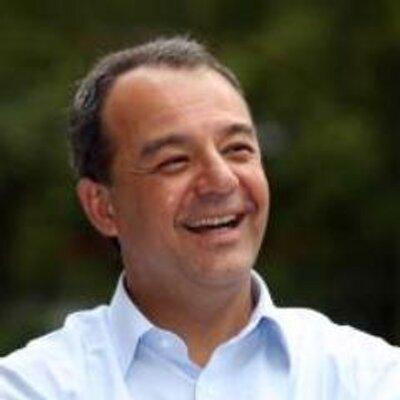 Sérgio Cabral   Social Profile