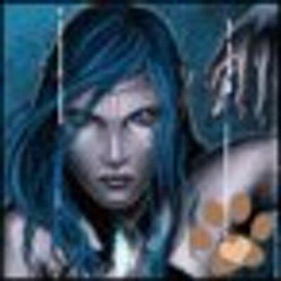 Karoline | Social Profile