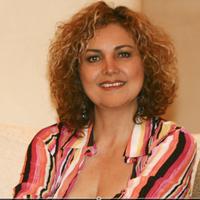 Gloria Mayo | Social Profile