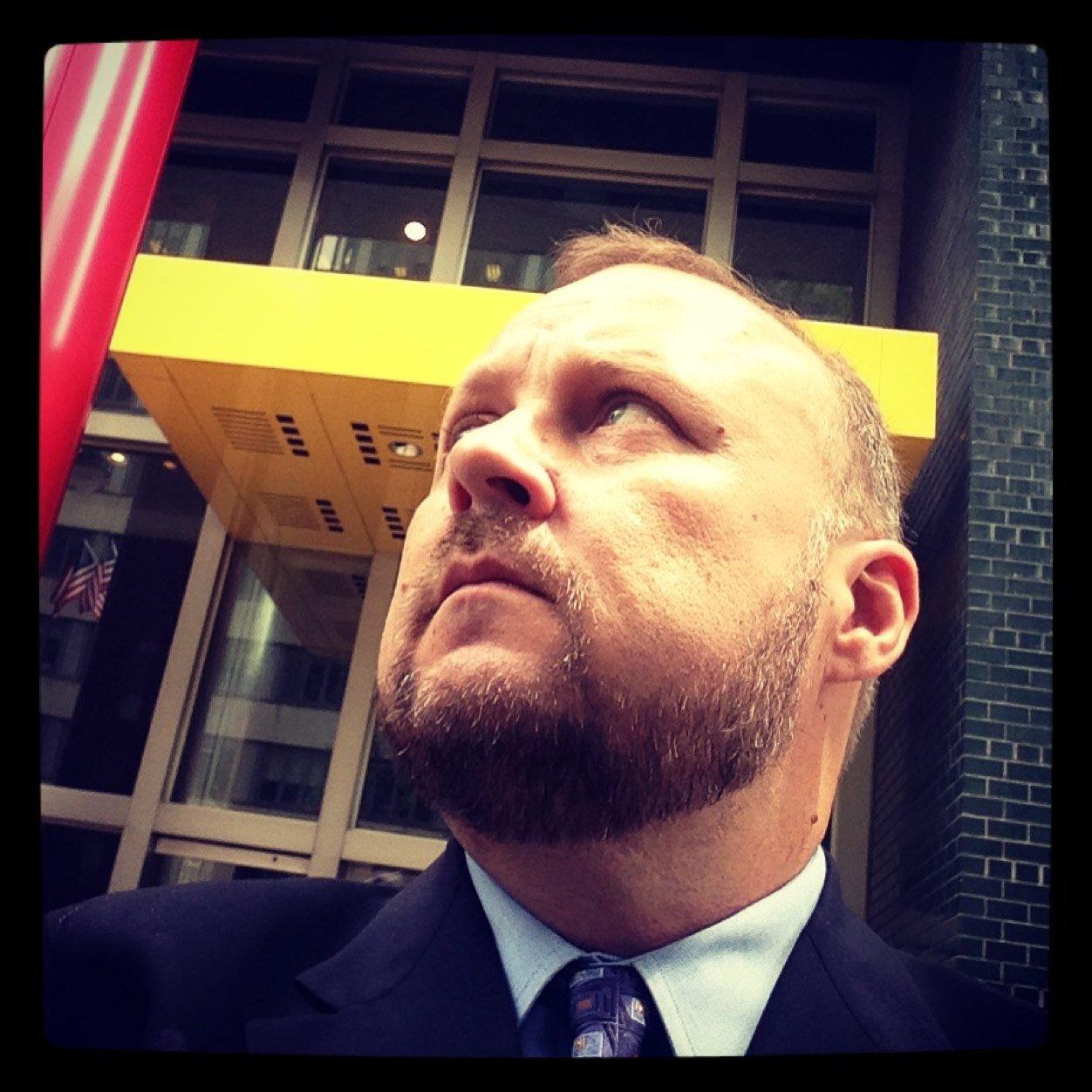 Sean L. McCarthy Social Profile