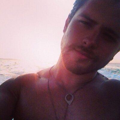 ANDRES MERCADO | Social Profile