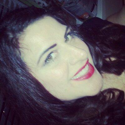 Nancy Perreault   Social Profile