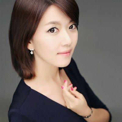 이윤아 아나운서 | Social Profile