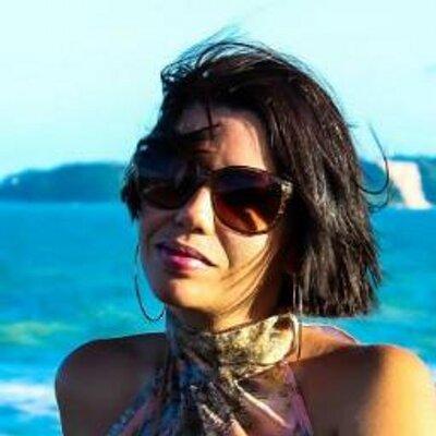 Gisele Bezerra | Social Profile