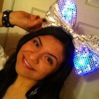 Elisa Vera | Social Profile