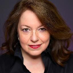 Lisa Arthur Social Profile
