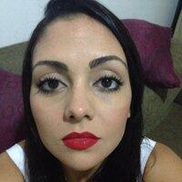Débora Raquel | Social Profile