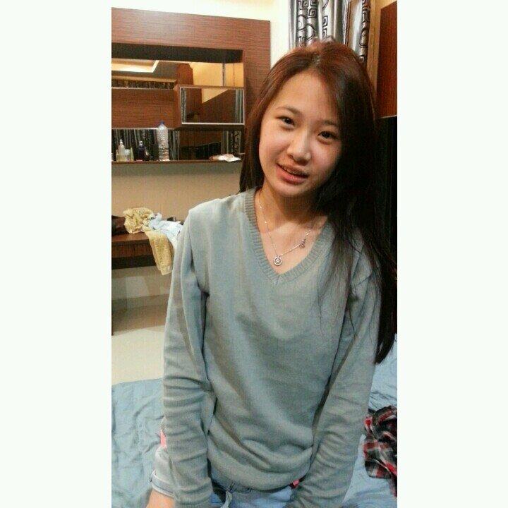 Gita Chang Social Profile