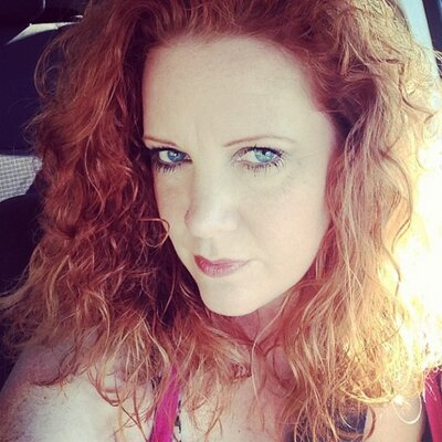 Jen Renfro   Social Profile