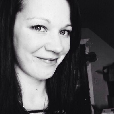 Cassandra Navratil | Social Profile