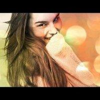 Erika Dos†oievsky | Social Profile