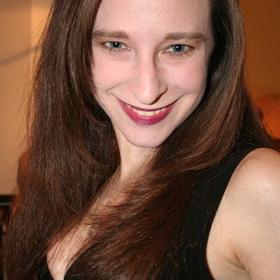Deborah Lom | Social Profile
