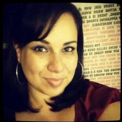 Vanessa Maria | Social Profile