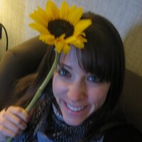 Jenn Schachter | Social Profile