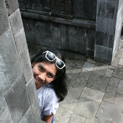 Gita Lauren | Social Profile