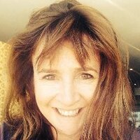 Lana Hirschowitz | Social Profile