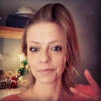 Tina/Steelnpurple ☕ | Social Profile
