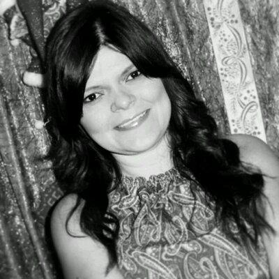 Carly Sierra | Social Profile