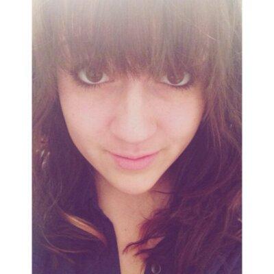 Valeri Lohrman   Social Profile