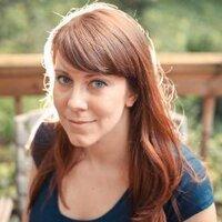 Laura Moss | Social Profile